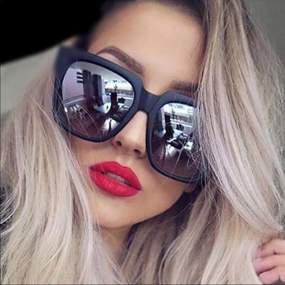 Beauty And her Bears Accessories - Oversized Square Mirrored Sunnies